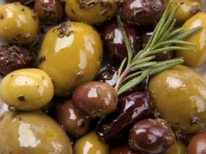 pub-snack-suppliers-olives.jpg